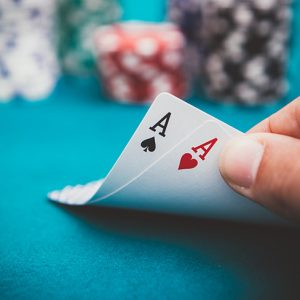 Handing turning up pocket aces